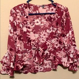 Cute floral crop top from Charlotte Russe! (S)
